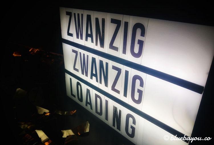 Zwanzig Zwanzig Loading: Wer hätte gedacht, was da geladen wird ...