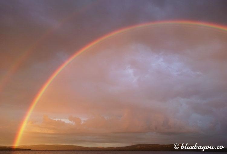 Fotoparade Phänomenal: Regenbogen gegenüber meines Schlafplatzes in Schweden.