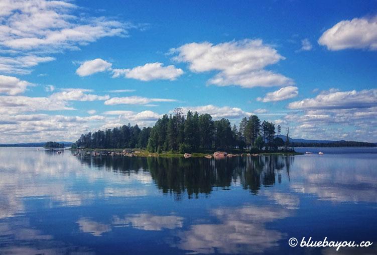 Fotoparade Spiegelung: See in Schweden.
