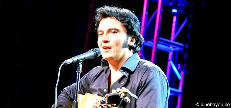 Ben Portsmouth während seines Akustik-Konzerts während der Elvis Week 2015 in Memphis.
