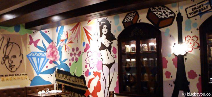 Inneineinrichtung der Max Brenner Chocolate Bar in Sydney.