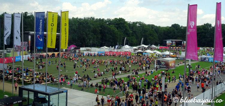 Die Center Stage beim World Fitness Day 2017 von oben.