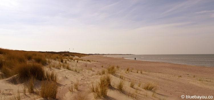 Der Banjaardstrand in Holland Ende März und ohne Touristen.