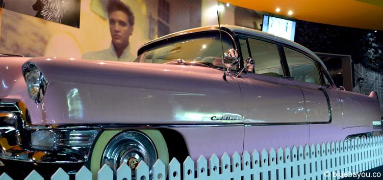 Elvis at the O2: Erstmals wurde der Pink Cadillac nach Europa verschifft.