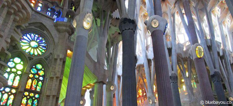 La Sagrada Familia - Gaudis farbenfrohe Kirche in Barcelona.