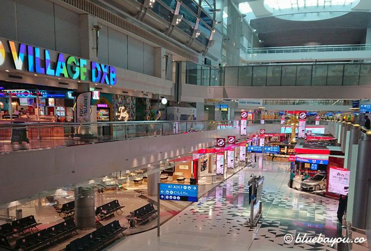 """Dubais Flughafen ist leer und nun noch mehr ein """"silent airport"""", als sowieso schon."""