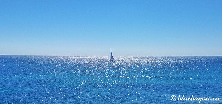 Fotoparade: In der Nähe von Alicante in Spanien, entdeckte ich dieses Segelschiff auf dem Meer.
