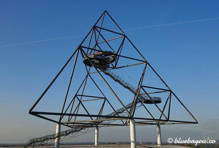 Der Tetraeder in Bottrop-Batenbrock ist Teil der Route der Industriekultur und bietet in bis zu 38 m Höhe einen tollen Ausblick über das Ruhrgebiet.