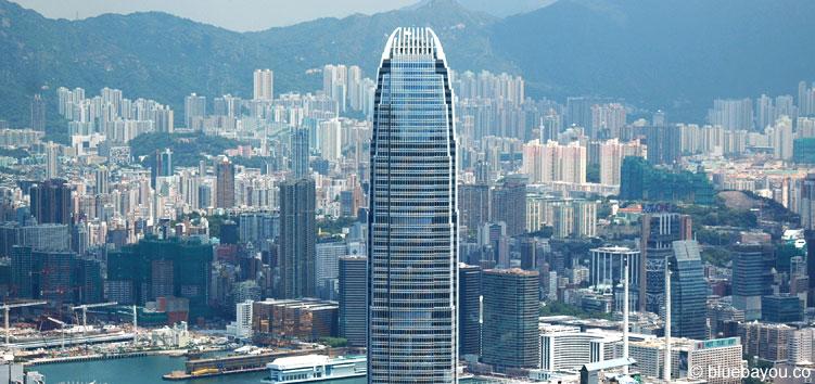 """Ein Teil der Skyline Hongkongs mit dem Hochhaus auf dem Batman in """"The Dark Knight"""" stand im Fokus."""