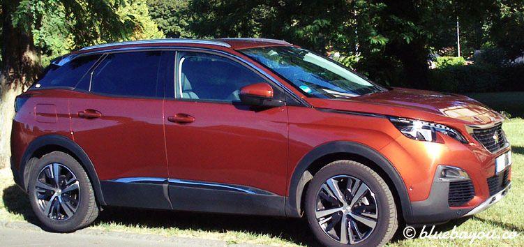 In einem Compact-SUV ist es einfacher, angenehme Schlafpositionen zu finden, als in einem Kleinwagen.