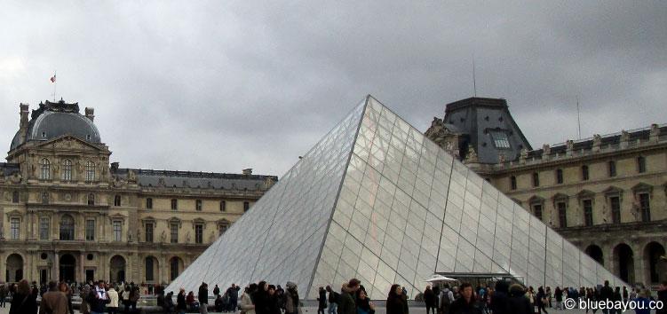 Der Louvre in Paris.