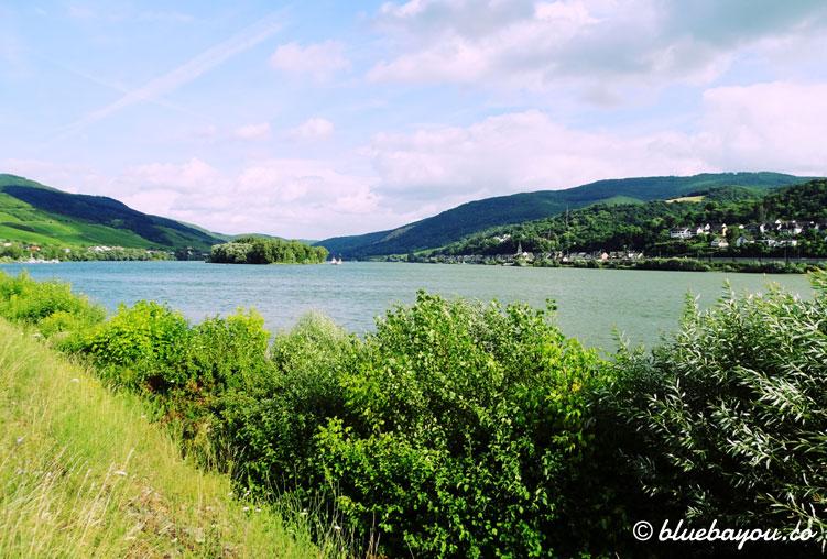 Das Obere Mittelrheintal bei traumhaftem Wetter.