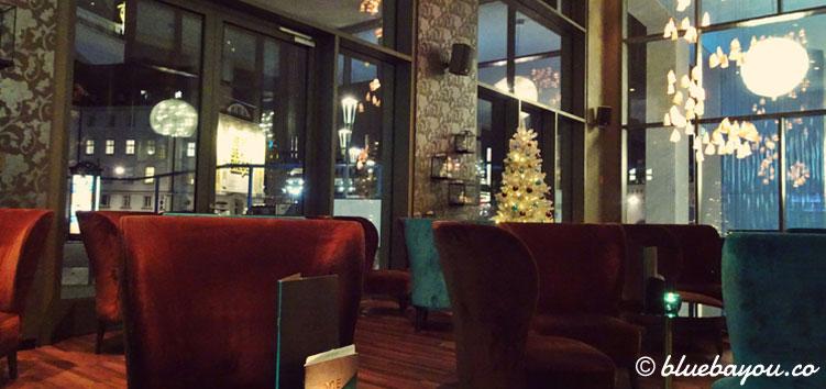 Die One Lounge des Motel One Dresden-Am Zwinger.