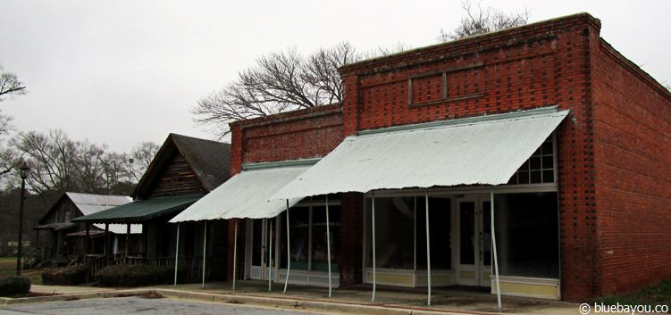 The Walking Dead Location in Sharpsburg, Georgia: Die Drogerie, in der Maggie und Glenn erstmals Sex haben.