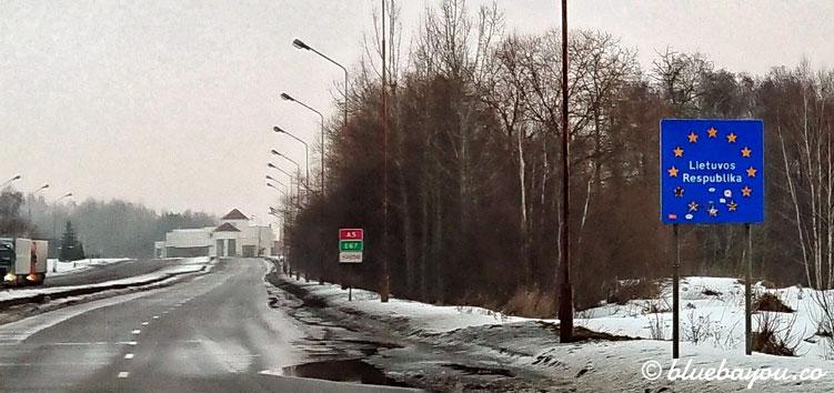 Ländergrenze Polen-Litauen: Länderschild von Litauen.