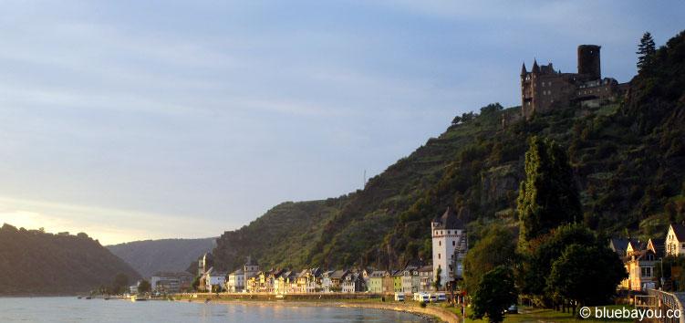 Sonnenuntergang bei der Ankunft in Sankt Goarshausen nach 55 Kilometern.