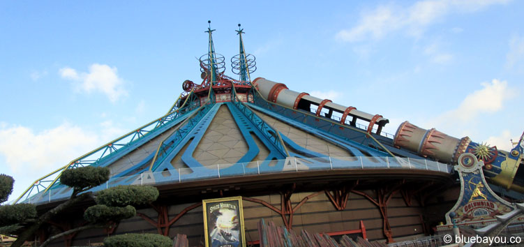 Space Mountain: Mission 2 im Disneyland Park in Paris.