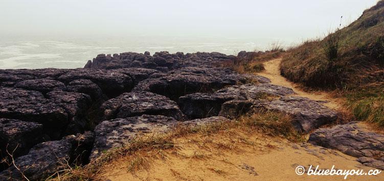 """Der Wanderweg """"Ruta de la Costa"""" bei Noja."""