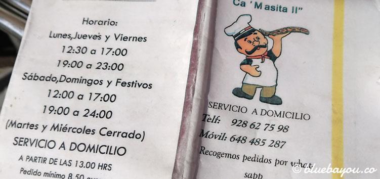 Die Speisekarte der Pizzeria C'Masita II in El Pagador auf Gran Canaria mit Öffnungszeiten und Rufnummer.