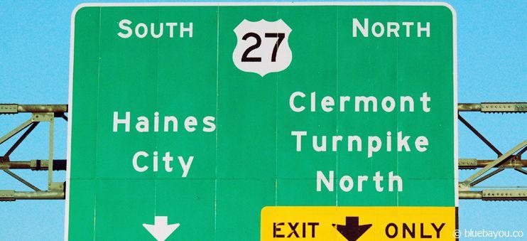 Straßenschild mit Auffahrt auf den Florida Turnpike Richtung Norden.