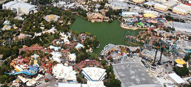 Das Universal Resort in Orlando vom Helikopter aus.