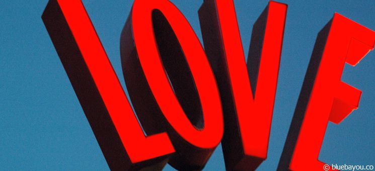 Love-Buchstaben aus dem Disney-Village in Walt Disney World Orlando.